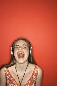 loudly singing